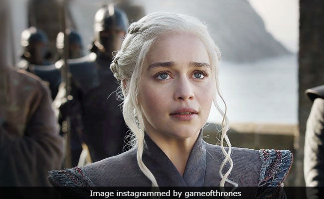 Emilia Clarke's Final Game Of Thrones Post Is Confusing. 'Does Daenerys Targaryen Die?' Fans Ask