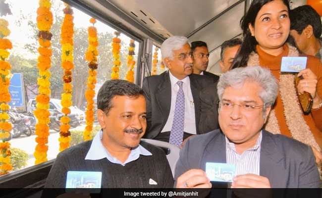 Delhi's Unified Metro-Bus Transit Card Caught In AAP, Bureaucrat Tussle
