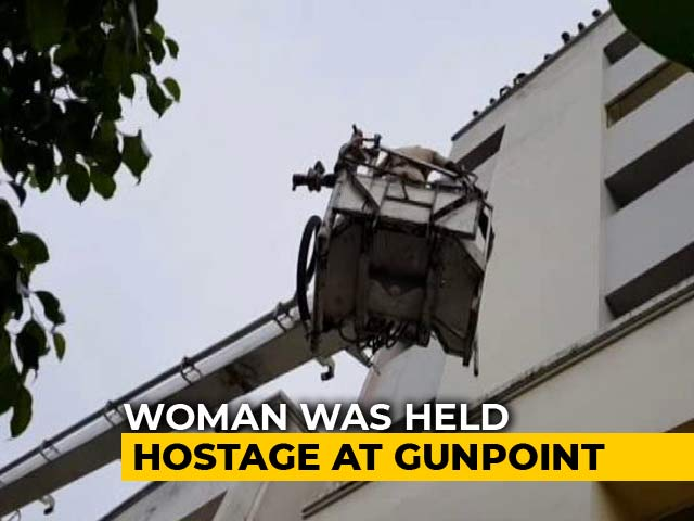 Video : 12-Hour Hostage Situation In Bhopal Ends With Model Agreeing To Marriage