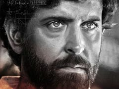 Teacher's Day 2018: Hrithik Roshan Looks Convincing As Anand Kumar In <i>Super 30</i> First Look Poster