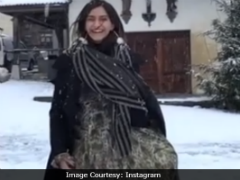 Sonam Kapoor's Expressions While Twirling In The Snow Just Cannot Be Missed
