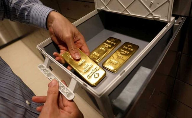 Gold Prices Edge Lower Today: 5 Things To Know