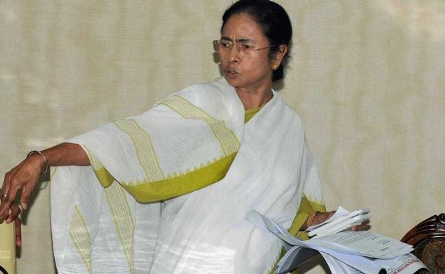 Personally Called PM Modi For Karunanidhi's Beach Burial: Mamata Banerjee