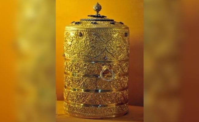 निजाम के संग्रहालय से सोने का टिफिन और जवाहरात जड़ा कप चोरी