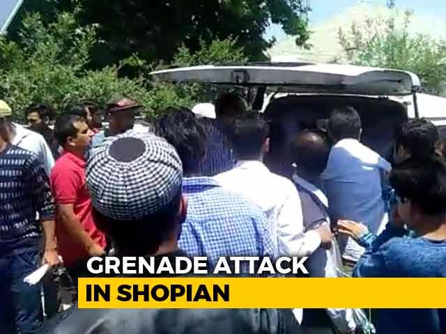 Video : 10, Including 2 Cops, Injured In Grenade Attack In Kashmir's Shopian