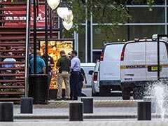 அமெரிக்க ஃப்லோரிடா மாகாணத்தில் துப்பாக்கிச்சூடு: 2 பேர் பலி, பலர் காயம்!