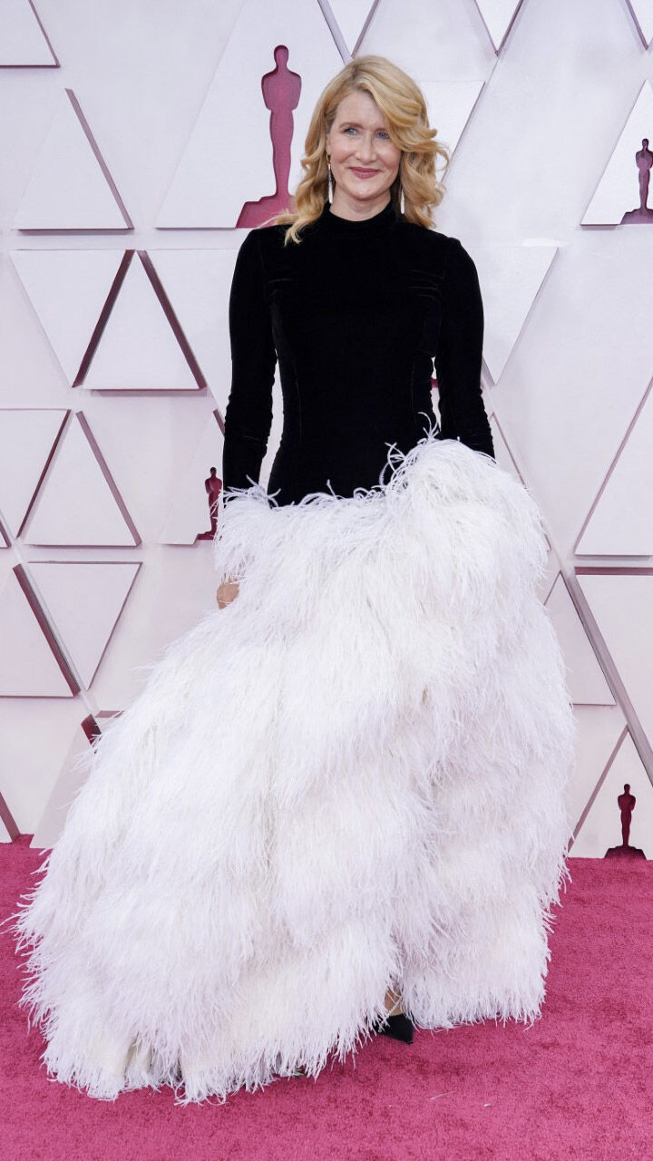 Laura Dern on the Oscars red carpet