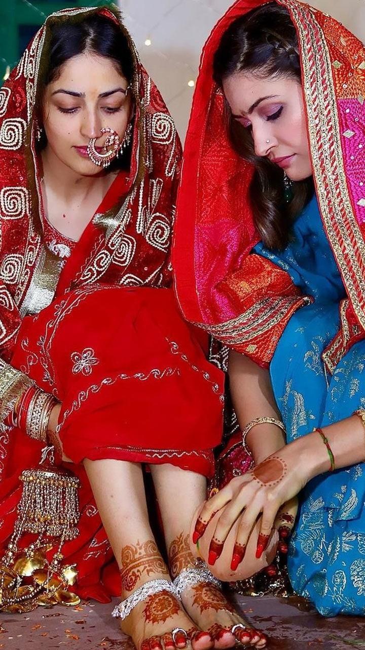 Yami Gautam with sister Surilie