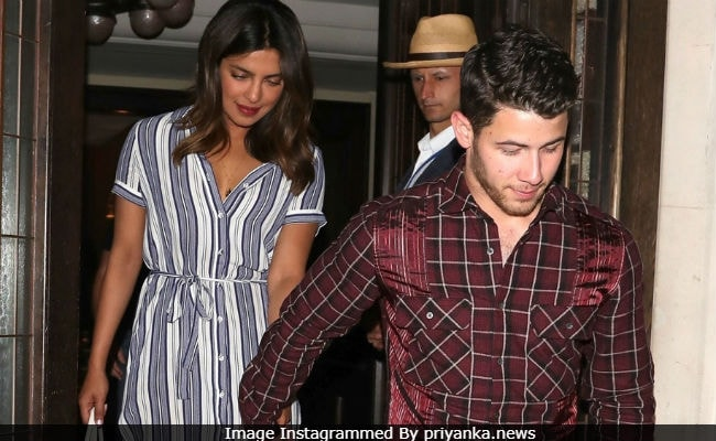 Priyanka Chopra swerves questions about Nick Jonas engagement