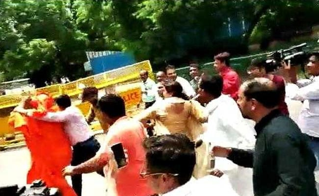 Police Files Case After Attack On Swami Agnivesh Outside BJP Headquarters