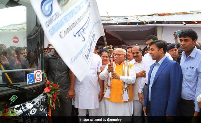 Manohar Lal Khattar Flags Off 25 Low-Floor, Hi-Tech Buses In Gurgaon