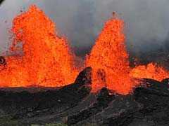 Ocean, Jungle Explosions New Risks From Hawaii Volcanic Eruption