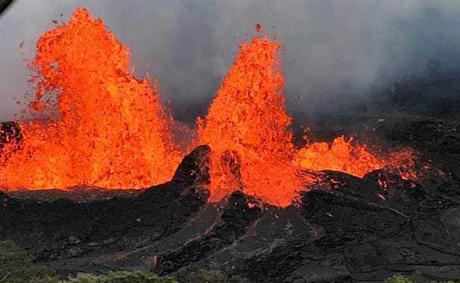Lava Threatens Israeli Company's Power Station in Hawaii