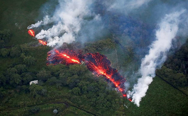 First Serious Injury From Volcano In Hawaii, As Lava Threatens Escape Routes