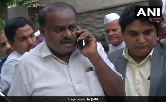 कर्नाटक सरकार के मंत्री के घर आयकर विभाग का छापा, एचडी कुमारस्वामी ने एक दिन पहले जताई थी आशंका