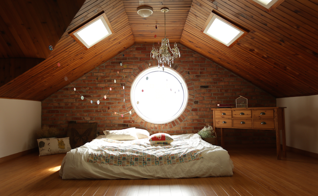 3 Ways To Make Your Bedroom A Healthier Space