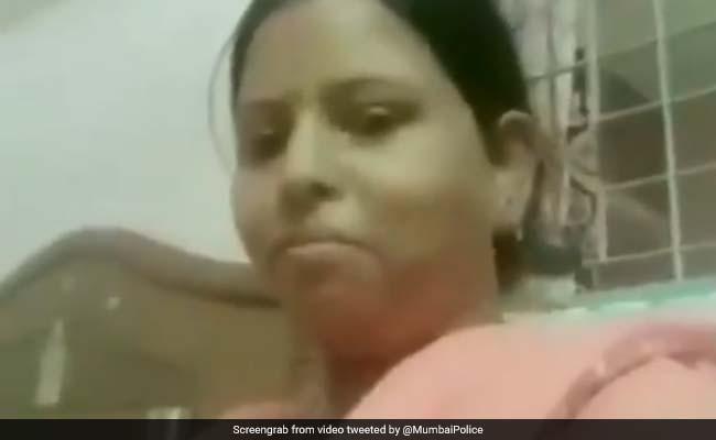 'हेलो फ्रेंड्स चाय पी लो' वाली आंटी का मुंबई पुलिस ने लिया सहारा, दिया ये मैसेज