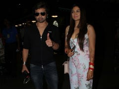 Trending: Himesh Reshammiya And Wife Sonia Kapoor Return From Honeymoon. See Pics