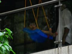 Taimur's Expressions While Chilling On A Swing Just Cannot To Be Missed