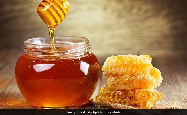 Here's How You Can Make The Most Out Of Honey In This Changing Weather