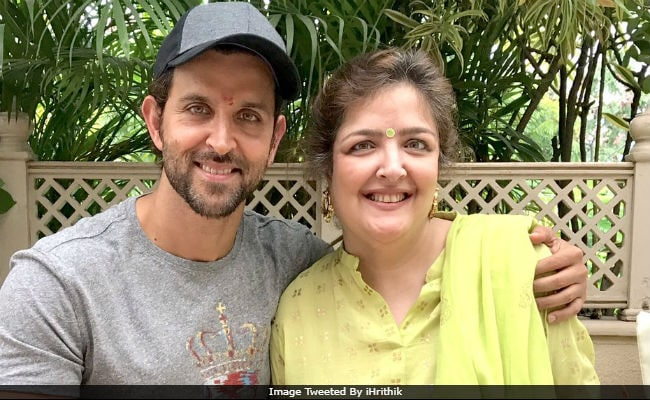 Priyanka Chopra Used To 'Check On Me' During My Battle With Cancer, Says Hrithik Roshan's Sister Sunaina