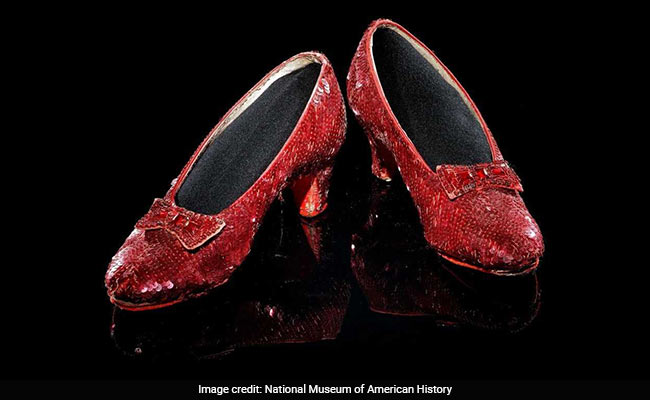 8ad384640cf2c7 FBI Finds Stolen  Wizard Of Oz  Ruby Slippers Worn By Judy Garland ...