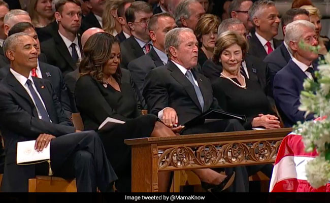 George W Bush Passing Candy To Michelle Obama Has Twitter Smiling