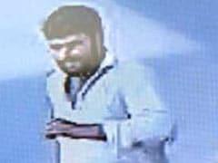 JNU छात्र उमर खालिद पर हमला करने वाले का CCTV फुटेज इमेज जारी, विट्टलभाई मार्ग पर दिख रहा है भागता