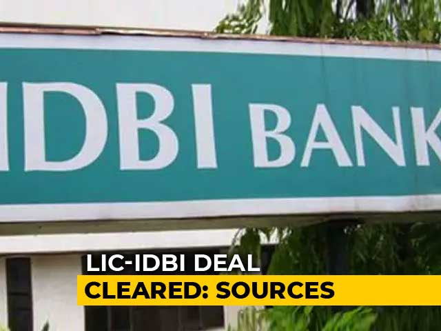 Video : Insurance Regulator Permits LIC To Pick Up To 51% Stake In IDBI Bank: Report