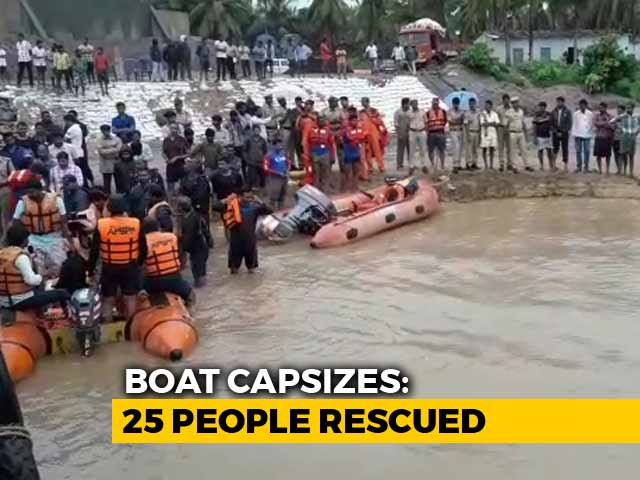 Video : 6 Girls, Woman Still Missing After Andhra Boat Capsize, Rescue Ops On