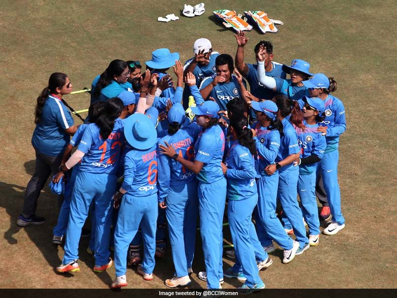 Women`s Asia Cup: India outclass Pakistan to reach final