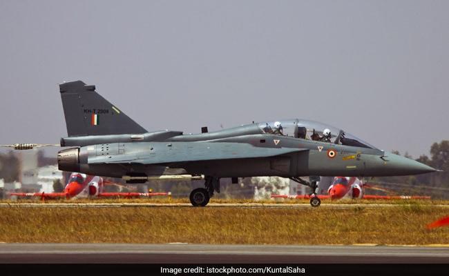 Indian Air Force Recruitment 2018: 12वीं पास के लिए वैकेंसी, अप्लाई करने की आखिरी तारीख 24 जुलाई