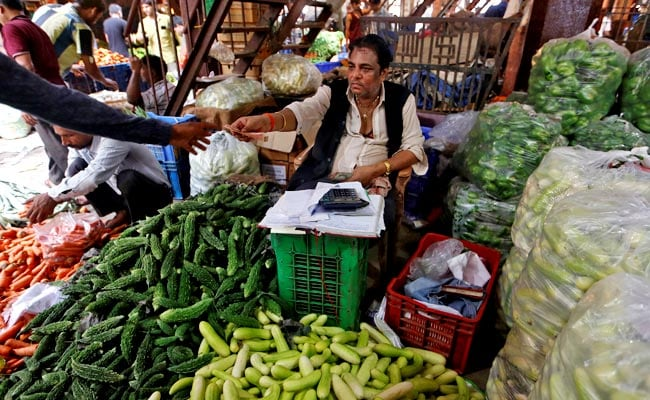 Retail Inflation Seen Hitting 4-Month High In May: Survey