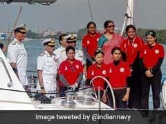 बोट पर 254 दिनों में पूरी दुनिया का चक्कर लगाकर भारत लौटीं नौसेना की 6 जाबांज महिला अफसर
