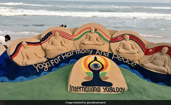 Sudarsan Pattnaik's Sand Art Celebrates International Yoga Day 2018