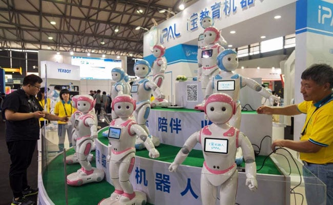 Math Lessons, Jokes - 'iPal' Robot Is China's Newest Babysitter