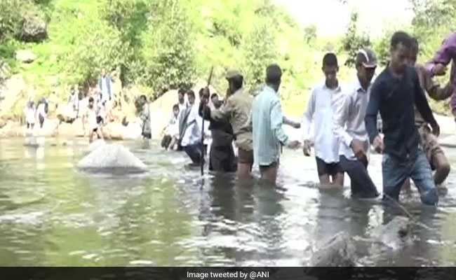 No Bridge, Jammu And Kashmir Students Use Rope To Cross River Tawi