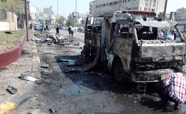 Car Explodes In Central Cairo Injuring 13 People