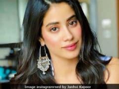 Janhvi Kapoor's Pic Goes Viral, 'Sridevi Lives Through You' The Internet Tells Her