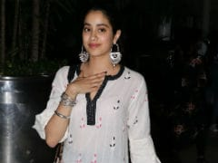 For <i>Dhadak</i>, Janhvi Kapoor Deleted Instagram Posts Before Making Her Profile Public