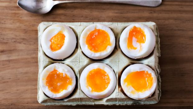 How Many Eggs-actly? New Shocking Study On Egg Consumption Leaves Twitter Confused