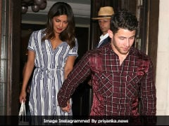 In Viral Video, Priyanka Chopra Appears To Take Off A Ring Before Exiting Airport