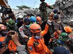 इंडोनेशिया में भूकंप से मरने वालों की संख्या 387 पहुंची