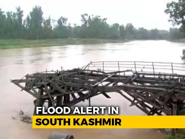 Video : Flood Alert Sounded In South Kashmir As Jhelum Crosses Danger Mark