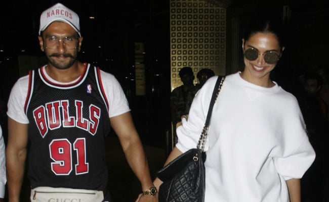 Fan Exposes Ranveer Singh And Deepika Padukone's Rude Behaviour On Vacation?