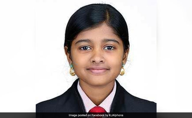 Kerala Girl, Trolled For Selling Fish, Donates Rs 1.5 Lakh For Flood Aid