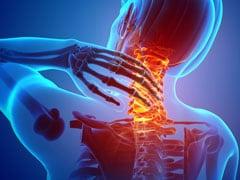 कमर दर्द से होती है स्पांडिलाइटिस की शुरुआत, जानिए इस खतरनाक बीमारी के बारे में सबकुछ