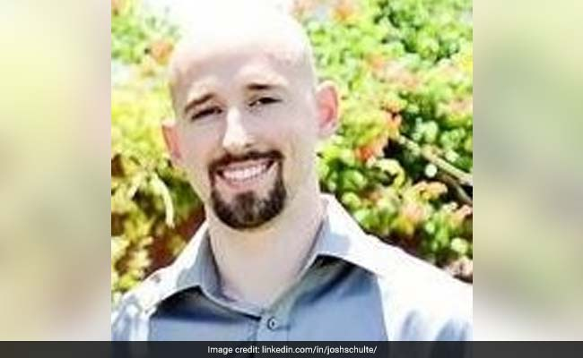 Ex-CIA Employee Charged With Leaking Classified Data, Child Porn Offences