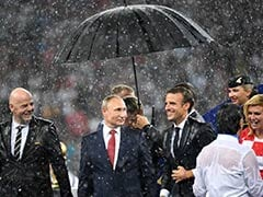 World Cup 2018: Vladimir Putin Gets Trolled For Bringing Umbrella During Award Ceremony