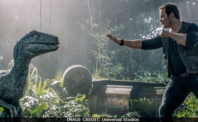 Jurassic World: Fallen Kingdom Movie Review - How To Achieve The Impossible (Make Dinosaurs Boring)